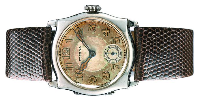 Первые наручные часы Eterna, 1904 г.