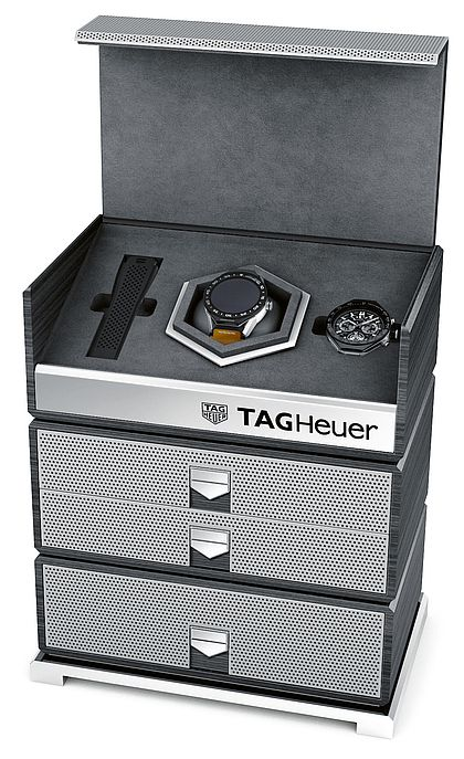 Часы TAG Heuer Connected Modular 45 Luxury Kit