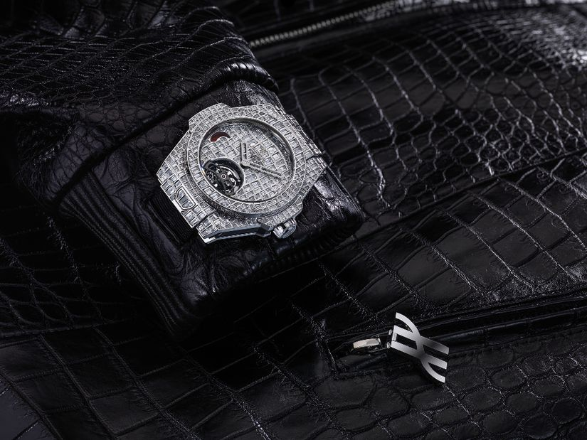 Часы Hublot Big Bang Tourbillon Croco High Jewellery