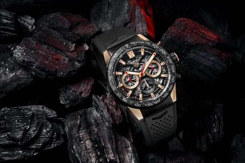 Часы TAG Heuer Carrera Carbon