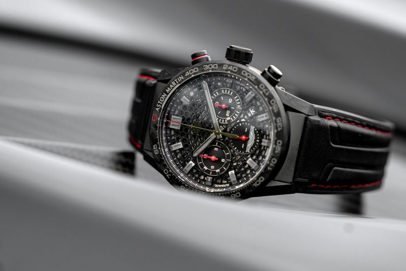 Часы TAG Heuer Aston Martin DBS Superleggera TAG Heuer Edition