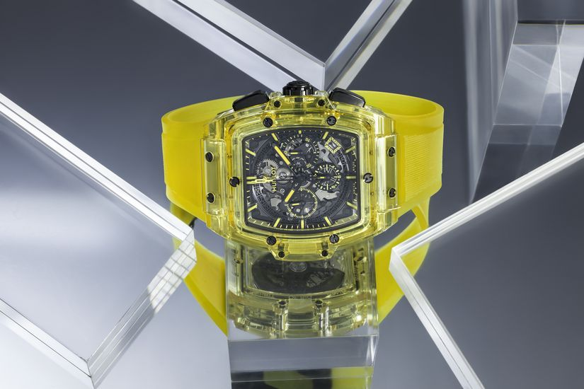 Часы Hublot Spirit of Big Bang Yellow Sapphire