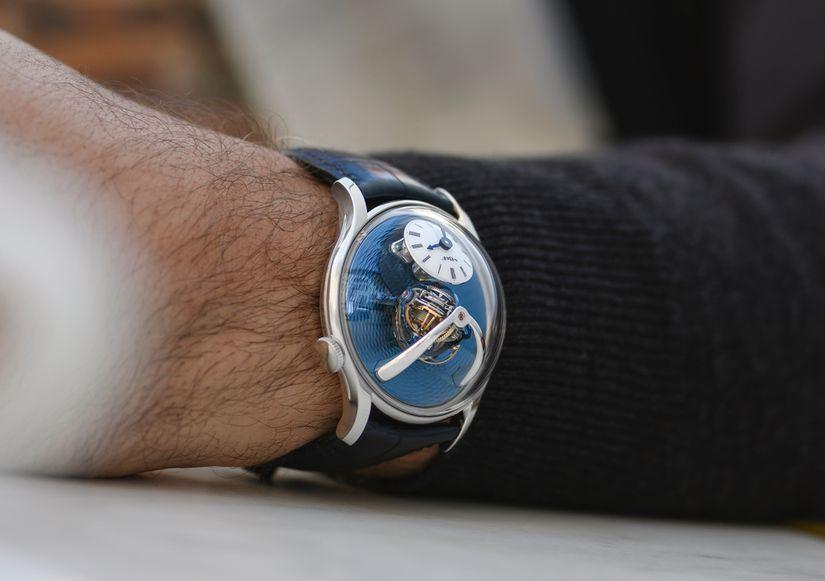 Часы MB&F Legacy Machine Thunderdome