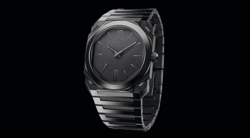 Часы Bvlgari Octo Finissimo Automatic in Black Sandblast- Polished Ceramic